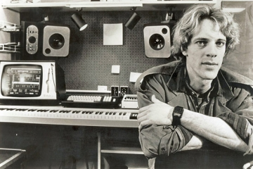 "Stewart Copeland feat. Stan Ridgway ""Don't Box Me In"""