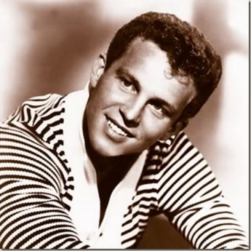 Bobby Vinton - Mr. Lonely,end credits from lemon popsicle(1978)